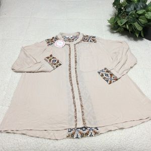 Umgee Beige Long Sleeve Button Up Blouse Sz M